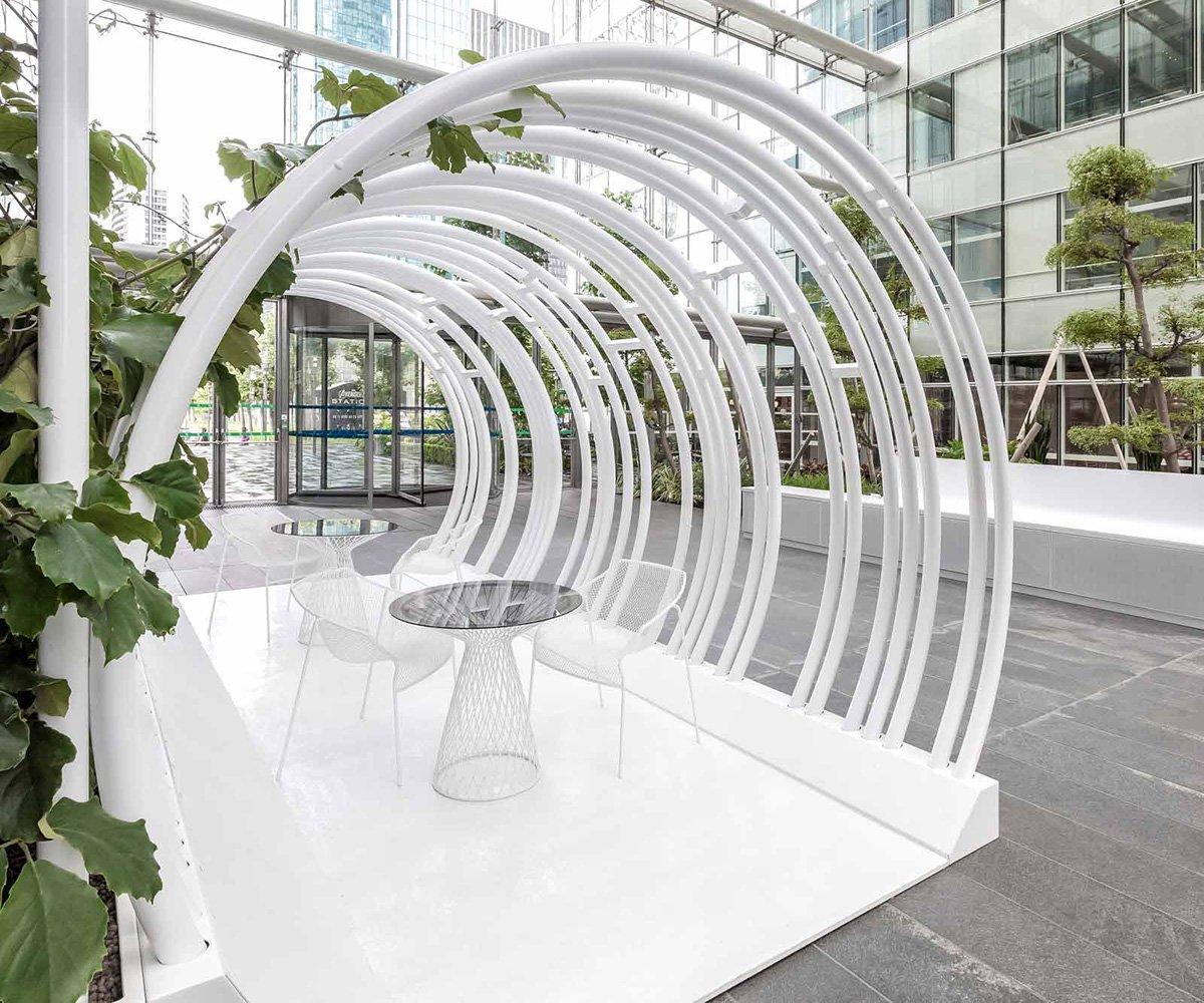 Atrium en métal et design intérieur en métal