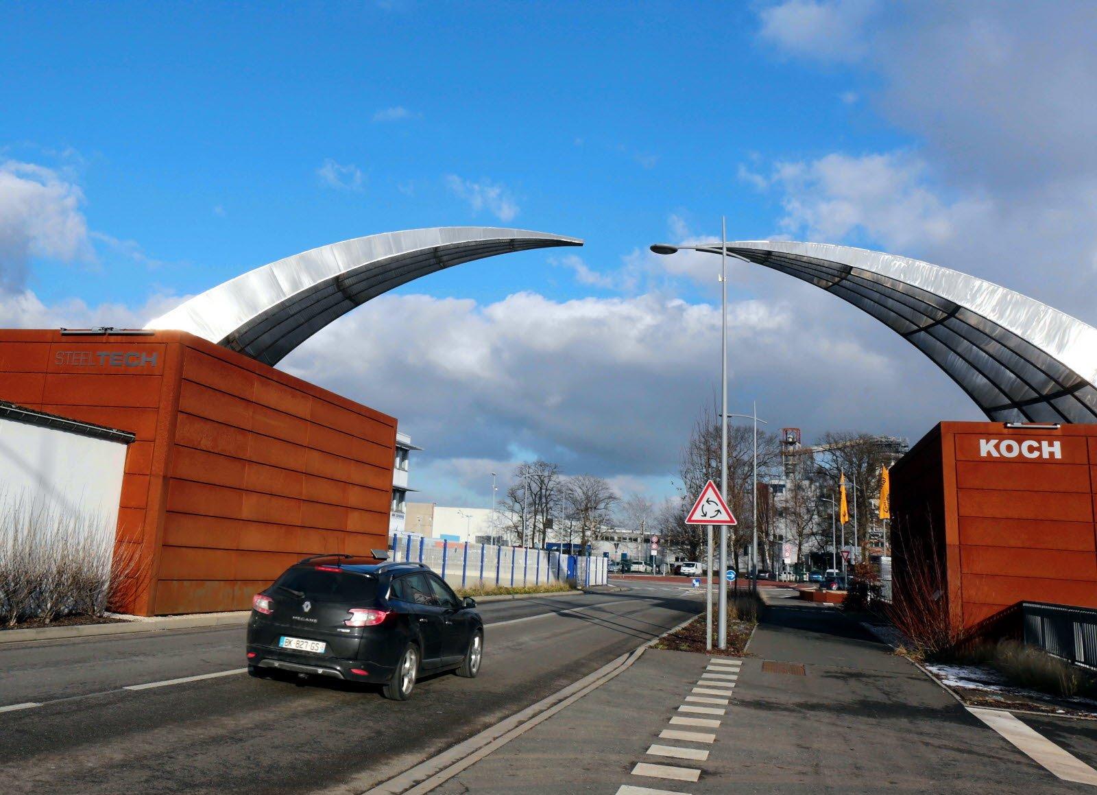 Arche urbaine en acier et acier corten à Sarreguemines